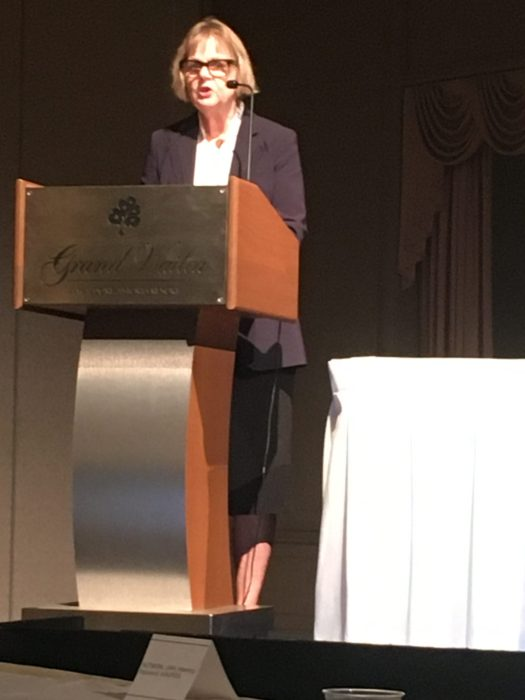 Dr. Barbara Kenner at the 2019 APA conference presenting her paper on the relationship between depression and anxiety and pancreatic cancer